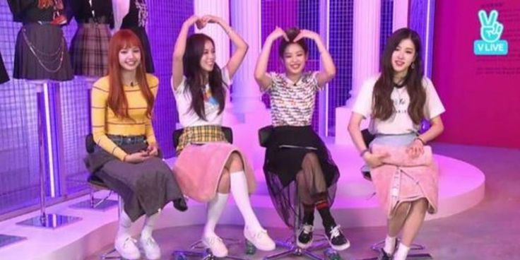 BLACKPINK talk about their latest song 'As If It's Your Last' with fans on 'V' http://www.allkpop.com/article/2017/06/black-pink-talk-about-their-latest-song-as-if-its-your-last-with-fans-on-v