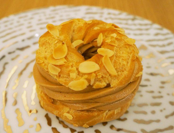 Découvrez la recette fondante et pralinée du Paris-Brest du pâtissier Jonathan Blot.