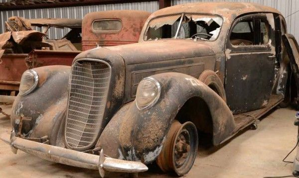 WOW ! Meskipun Ratusan Mobil Kuno Ini Rusak Berat Tetap Diburu Kolektor.  200 mobil klasik yang meliputi mobil jaman Perang Dunia II berhasil ditemukan. Uniknya, mobil lawas kondisi naas itu jadi buruan kolektor.  #mobilWOW