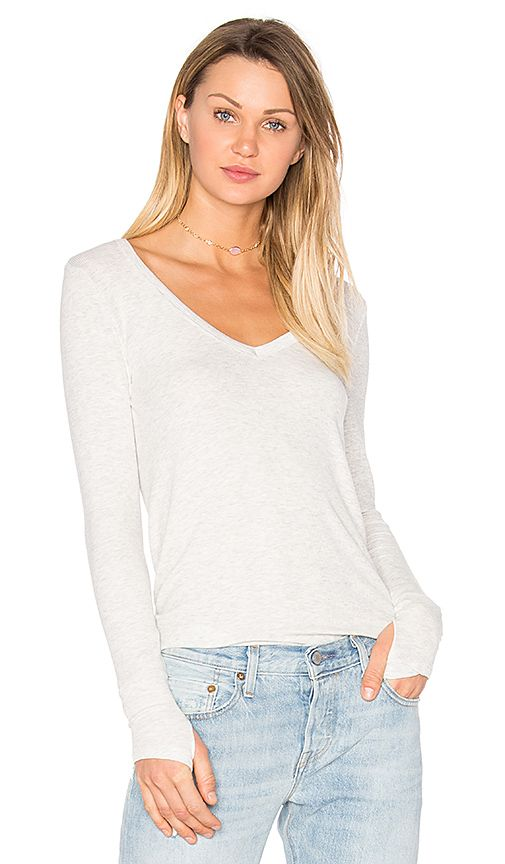 Feel the Piece Kailey V Neck Tee in Heather Ice