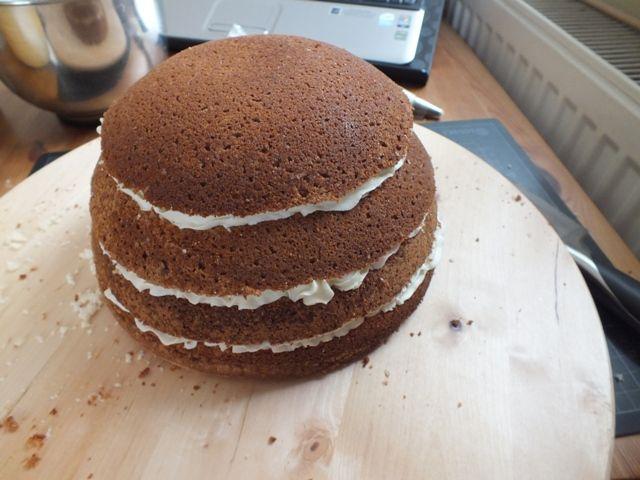 Torte gefüllt für Marienkäfer