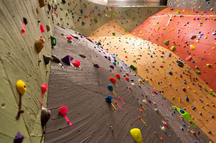 Seattle Vertical World - Built by Elevate Climbing Walls