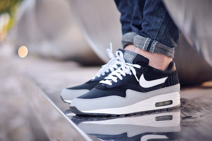 Nike Air Max 1 Hold Tight. #sneakers