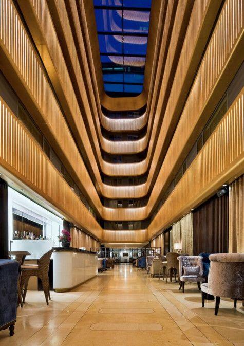 Creative Re-use: Shepherd's Bush Pavilion Hotel (London, UK) / Flanagan Lawrence. Image © Anthony Weller