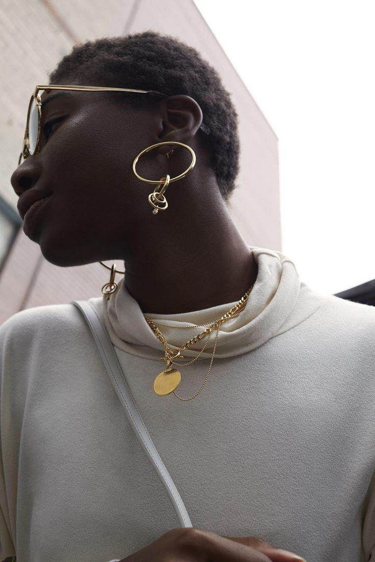 Bobola is wearing Cuchara Jewelry in Gold for ZANE FW17 (Glasses: Shevoke)