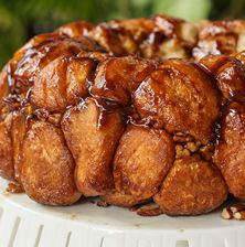 Αυτό το παιχνιδιάρικο γλυκό ψωμί με το απίθανο όνομα, που θυμίζει λουκουμά είναι ιδανικό για πρωινό και όχι μόνο! Φτιάχνετε εύκολα γρήγορα και έχει σίγουρη επιτυχία