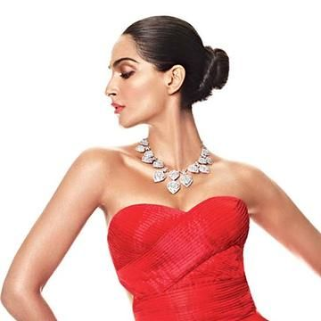 Buy sonamkapoor red dress ONLY @ http://www.follo.in/starshop/products/sonam-kapoor/women-red-dress/481577 Bollywoodkafashion FolloStarshop