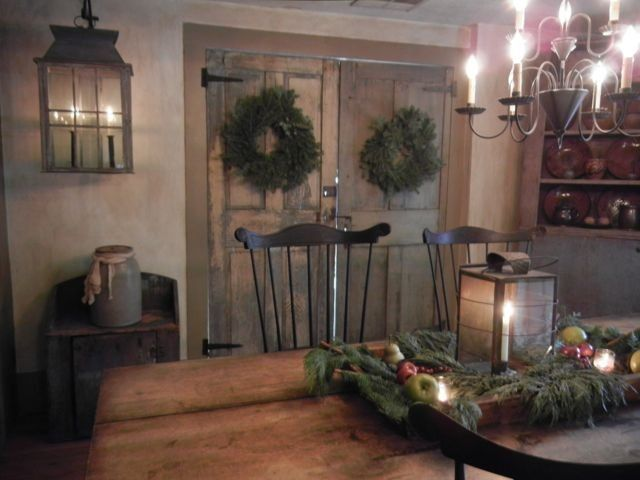 17 Best Ideas About Christmas Dining Rooms On Pinterest: 17 Best Images About Colonial/Primitive Interiors On