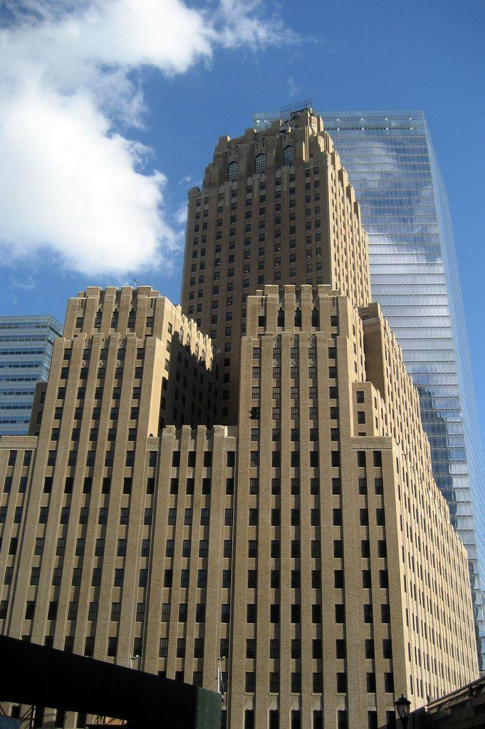 galera de influyentes rascacielos art dco de ralph thomas walker york