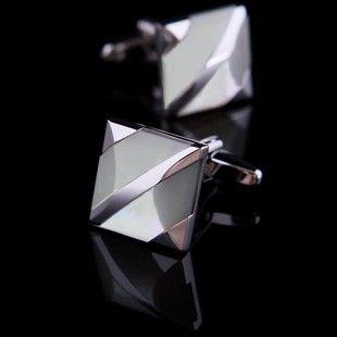 White Mother Of Pearl Striped Cufflinks . . . . . der Blog für den Gentleman - www.thegentlemanclub.de/blog