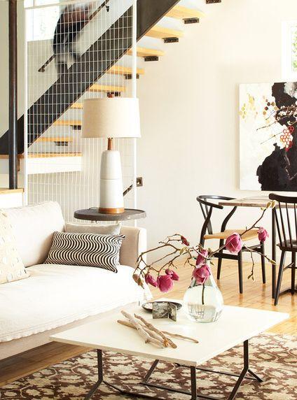 arquiteturadoimóvel: Casa de designer na Califórnia: construída em 1920, foi reformada para ser a morada da designer e sua família em ambientes decorados com delicadeza, privilegiando a iluminação e o bem estar