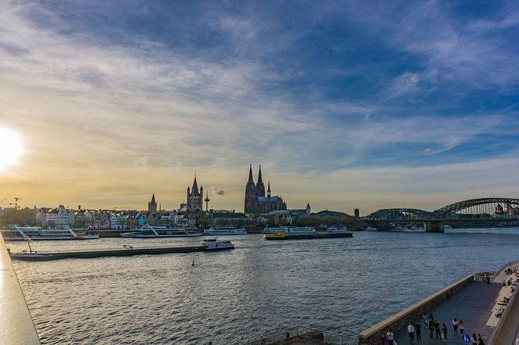 Beautiful View from the Deutzer Bridge  Sony Alpha 6000  #koelnergram #igers #igerscologne #ig_worldclub #visitköln #expresskoeln #rausgegangen_koeln #loves_united_germany #srs_germany #365köln #topcolognephoto #deutschland_greatshots #deutschlandkarte #nrw_foto #koelscheecken #liebedeinestadt #sonyalphasclub #jjcommunity #urbancgn #mingedom #unlimitedgermany #ig_deutschland #ig_nrw #ig_europe