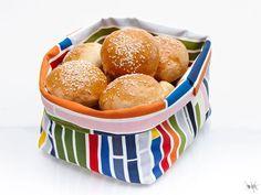Det är lätt och roligt att sy egna brödkorgar! Mönster och beskrivning finns här