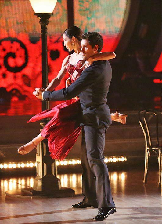 Meryl Davis and Maksim Chmerkovskiy dance the Argentine Tango on #DWTS Week 10 (5/19/14)