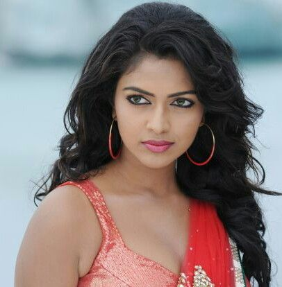 Amala Paul will start shooting for Vada Chennai from tomorrow
