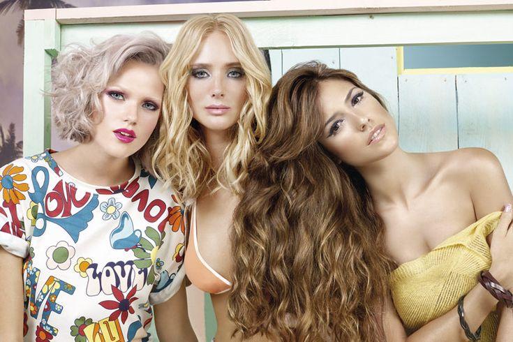 Malibu, die neuen Trendlooks von Revlon Professional - Die Surfer-Girl von Malibu: Tolle Haarfarben & Neo Beach Waves #Blondré #Brondissimo #Fashion_Lifestyle #Frauenfrisuren #Frisurentrends #Hersteller #Malibu #Marke #Neo_Beach_Waves #Pealescent #Revlon #Revlon_Professional #Revlonissimo_Colorsmetique_Pure_Colors_Mixing_Techniques #Styling_Finish #Trend - http://www.fmfm.de/malibu-die-neuen-trendlooks-von-revlon-professional-843