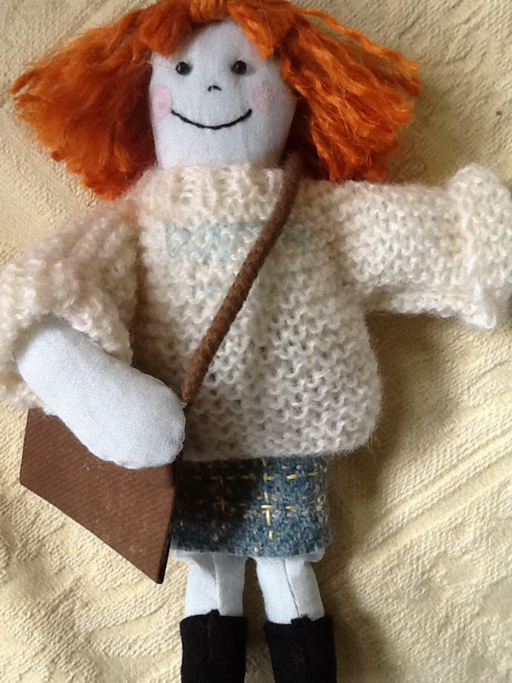 Knitting Pattern For Katie Morag Jumper : 17 Best images about Katie morag on Pinterest Paper weaving, Kilts and Weaving