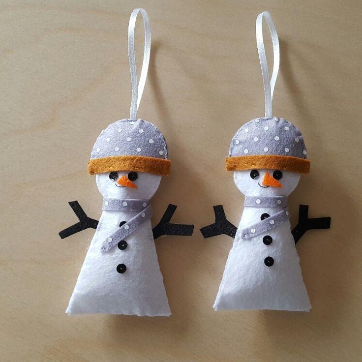 Leuk om zelf te maken; deze sneeuwpoppen van vilt. Diy. Ben je zelf iets minder handig? Geen probleem! Ze zijn ook verkrijgbaar in onze webwinkel Mmkado.