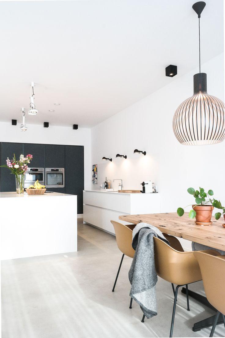 Interieurontwerp interieuradvies stads appartement Amsterdam door Studio Nest #secto #muuto #fiberchair #modular #jielde
