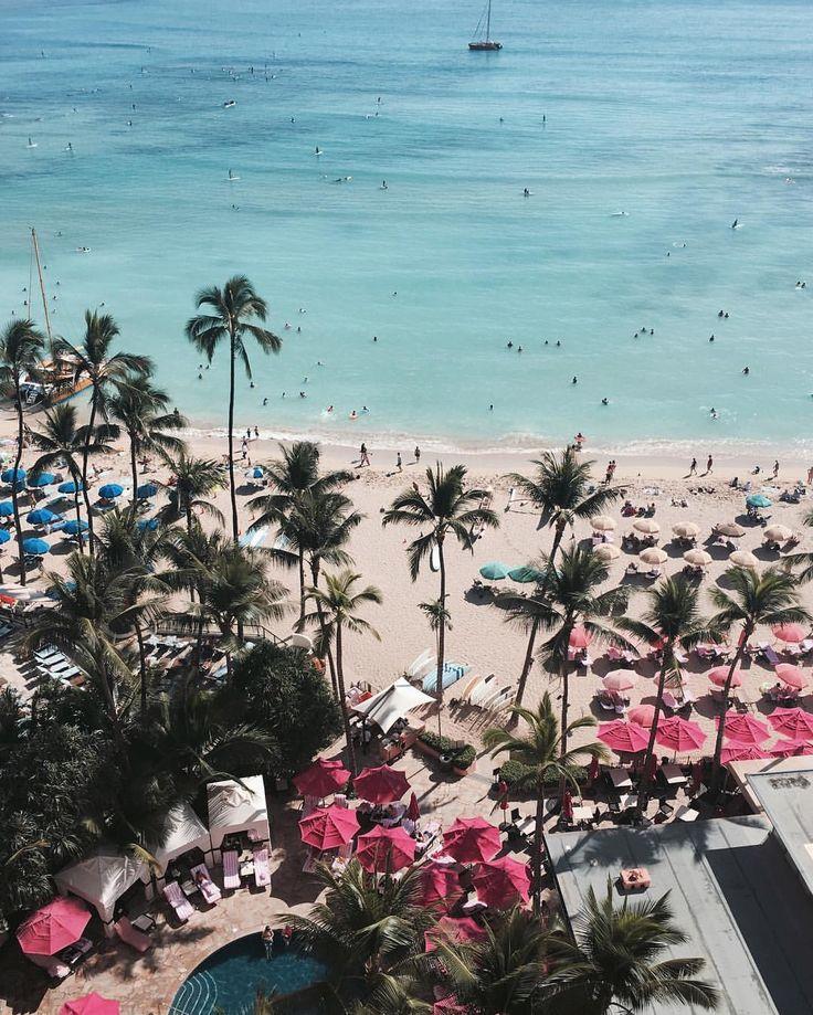 いいね!1,825件、コメント7件 ― NATSU.さん(@lovebynatsu)のInstagramアカウント: 「A post card from Hawaii⛱ ロイヤルハワイアンお部屋からの眺め💛 #HAWAII #Feb2016」