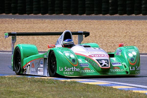2002 Courage C60 Evo.  Peugeot (3.199 cc.) (T)  Sébastien Bourdais  Jean-Christophe Boullion  Franck Lagorce