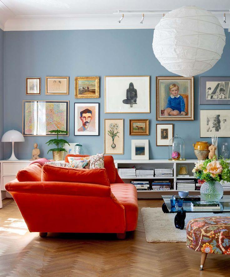 I William Morris fantastiska mönster finns inget fult, säger Katarina och Gunnar. Klassisk engelsk stil inspirerade när de inredde sitt hundraåriga townhouse i stockholmska Lärkstan.