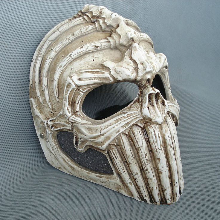 Resin Skull Mask.   Follow us! - http://starshipseraphm.blogspot.com/p/home.html