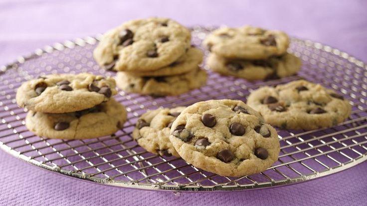 Uma receita queme pedem constantemente é uma versão de cookie sem leite ou sem manteiga. Então, para os alérgicos, intolerantes ou veganos de plantão, olh