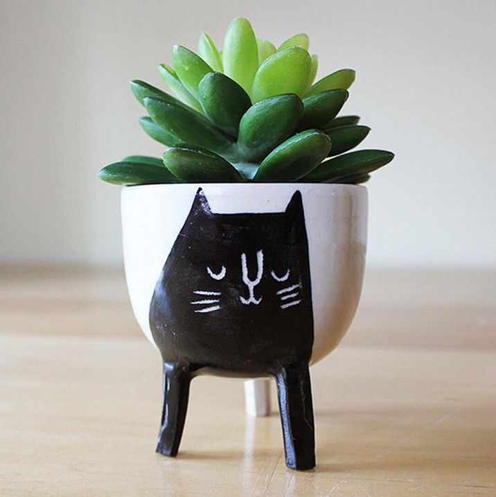 Black Cat Planter by Beard Bangs. 20 Adorable Etsy Finds for the Home   Poppytalk