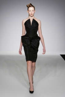 William Tempest Fall 2009 Line is an Origami Lover's Dream #origami #paperart trendhunter.com