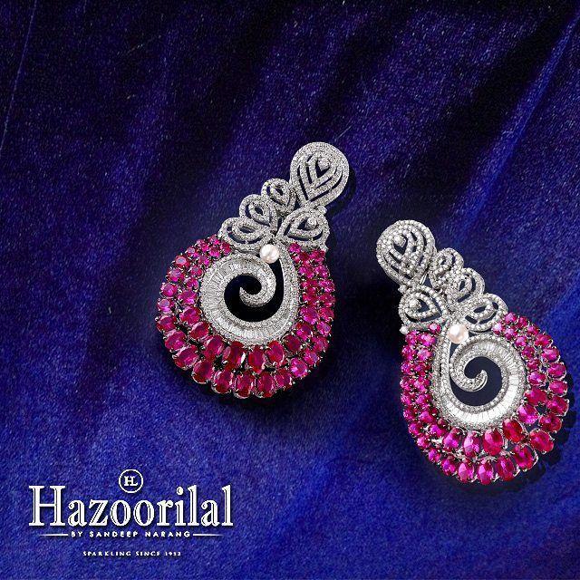 Hazoorilal Jewellers (=)