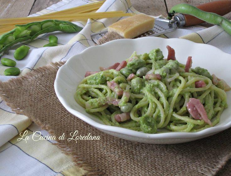 Un primo piatto ricco e squisito che profuma di primavera: gli Spaghetti con pesto di fave fresche, conquistano proprio tutti a tavola