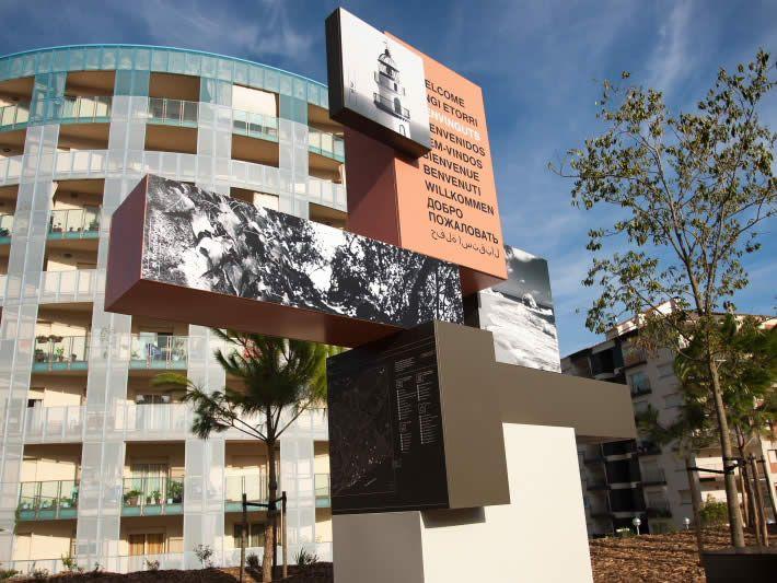 Ajuntament de Calella - senyalètica límits territorials - photo: Joan Maria Arenaza | Fotograf Calella Barcelona | Fotografo MODA | Fotografia Comercial Profesional