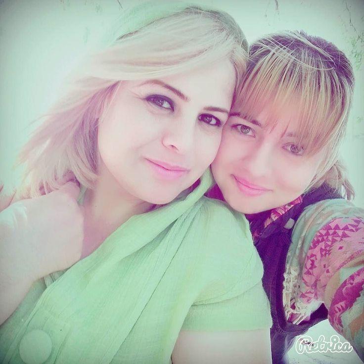 Мамочка любимая дорогая)  Mamane azizam  @adolatboboeva #мамаидочка #maman #mom #modar #мама #модарчон #модар #краснодар #бахаи #bahaifamily #bahai #dostdaram #krasnodar #tajikistan #tajik #manizhehazizi #dokhtaretajik #myfamily #любимаясемья #bamaman #таджики #таджичка #momanddaughter #selfie #селфи by manizheh9