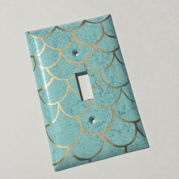Mermaid Scales Single Toggle Light Switch plate Wallplate by APiecefulHome on Etsy https://www.etsy.com/listing/449016374/mermaid-scales-single-toggle-light