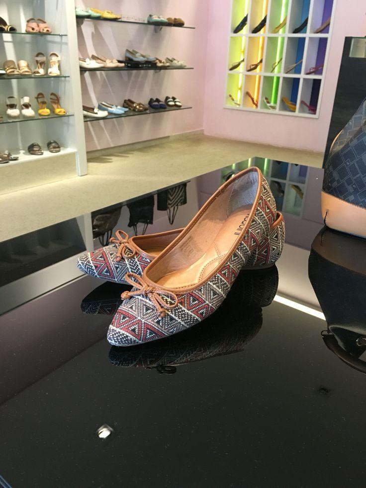 #sapatilhas com ponta fina ficam divinas nos pés, já tem a sua? #koquini #euquero Compre Online: http://koqu.in/1WX5Lwu