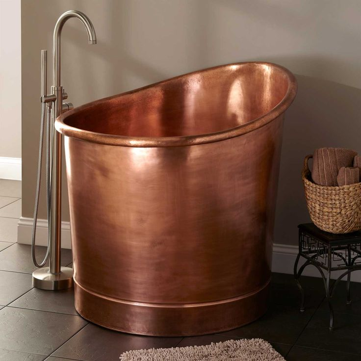 "39"" Velletri Copper Japanese Soaking Tub - Bathtubs - Bathroom"