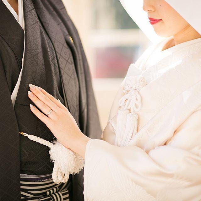 日本だからこそ叶う♡ 憧れの《白無垢 × 綿帽子》で撮影をした素敵ショット*全32枚 | ZQN♡ | ページ2