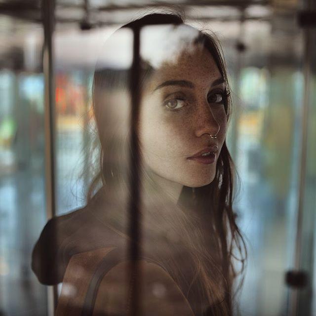 alessioalbi - Alessio Albi: @camihawke in mirror maze