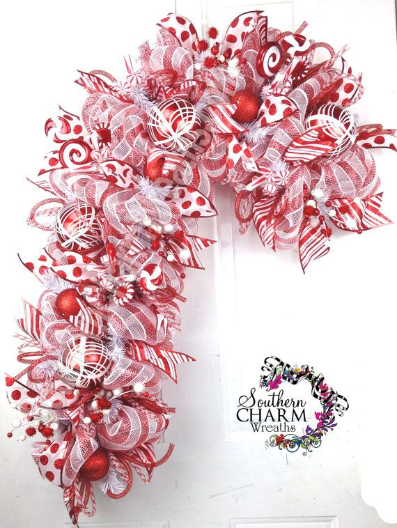 Deco Mesh CHRISTMAS Candy Cane Wreath for Door or Wall Red White Peppermint Candy
