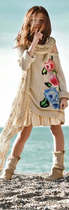 Flower embroidered kids sweater throw