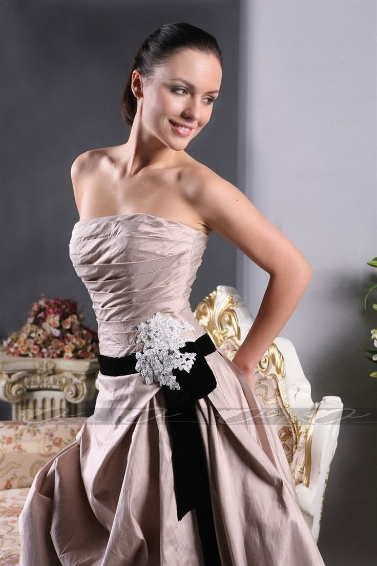 Strapless A-line pleated wedding dress,Style No.0bg01244,US$273.00   Read More:    http://weddingspurple.com/index.php?r=strapless-a-line-pleated-wedding-dress.html