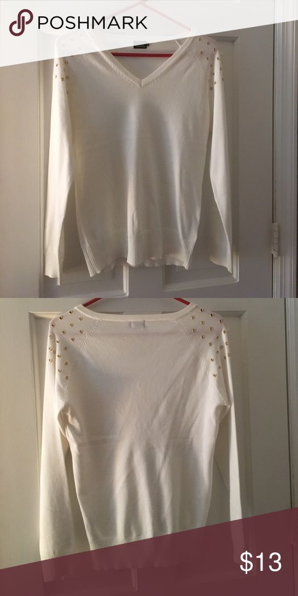 White V-Neck Grommet Studded Sweater Size XL. White V-Neck Grommet Studded Sweater Size XL.  Pullover with shoulder detail that takes this casual sweater up a notch.  It is a fitted sweater so it can be dressed up or down!  Super cute! Cielo Sweaters Crew & Scoop Necks