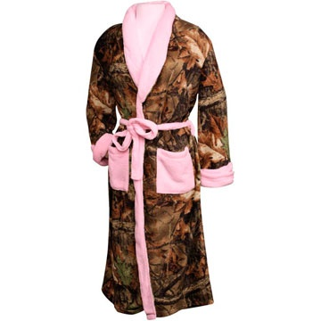 Women's Camo Robe - HuntSmart @Chelsea Rose Auvinen I have this robe and love it -- just works best if you don't put it in the dryer as then it lays funny