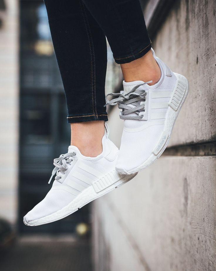 Buy adidas nmd r2 Donna silver >off52%)