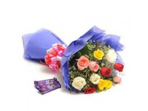 12 Mix Roses n 4 Cadbury