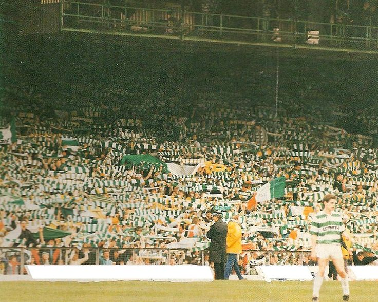 Joe Miller in front of a Jungle in full throat during the Centenary season.