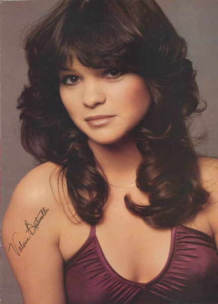 Ribbit ! Ribbit ! I'm a frog ! Valerie Bertinelli is pretty enough to be a princess ! She's so beautiful ! If she kissed me, I'd turn into a prince !