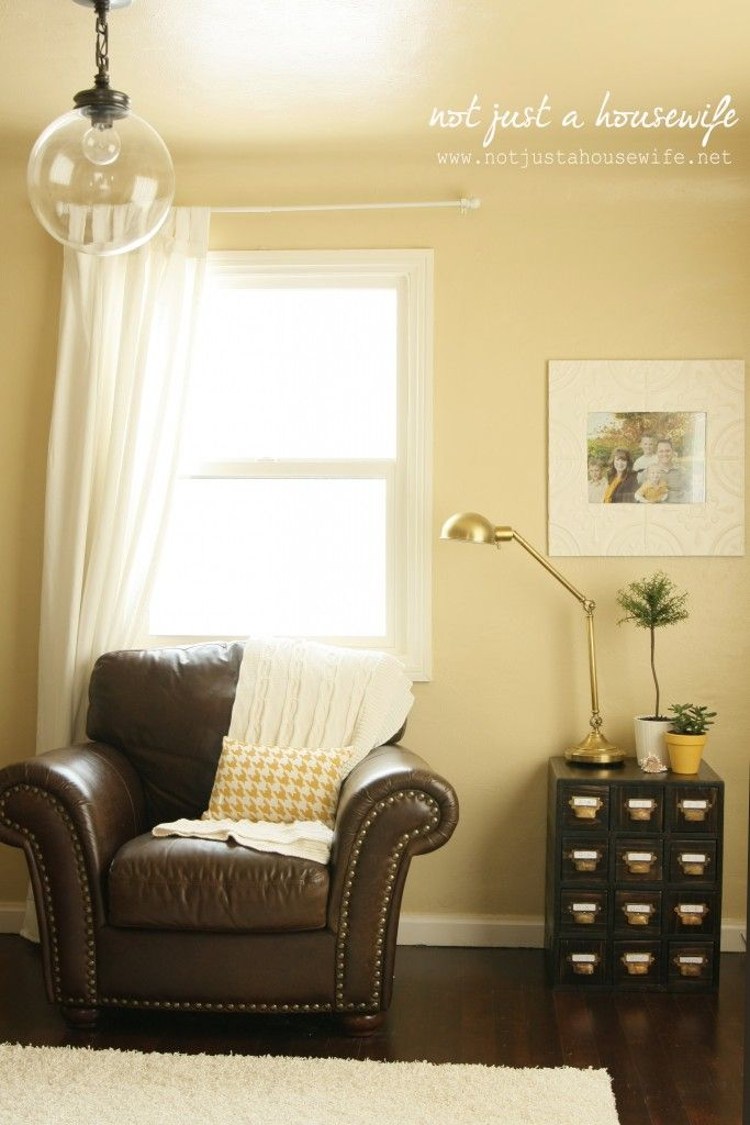 Living Room Yellow Walls best 25+ yellow family rooms ideas on pinterest | brown living