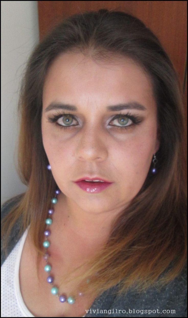 Tutorial de maquillaje para fin de año en http://viviangilro.blogspot.com/2014/12/tutorial-de-maquillaje-para-fin-de-ano.html